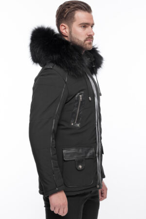 PUFFER BLACK JACKET WITH FUR
